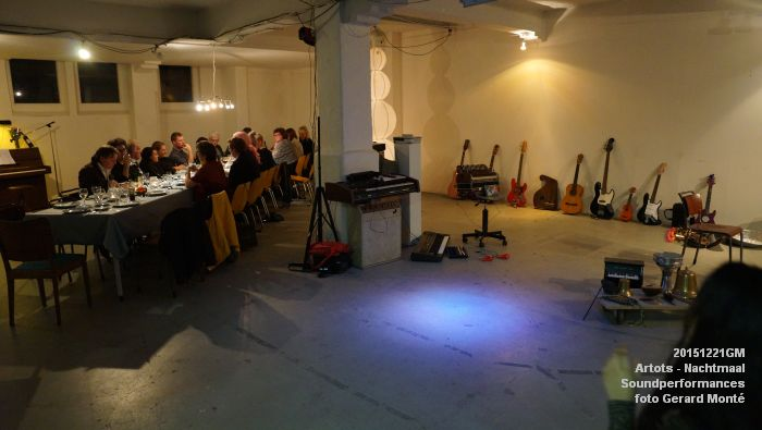 DSC09068- ARTOTS Performativity Wave - SOUNDPERFORMANCES - NACHTMAAL  - 21dec2015 - foto GerardMontE web
