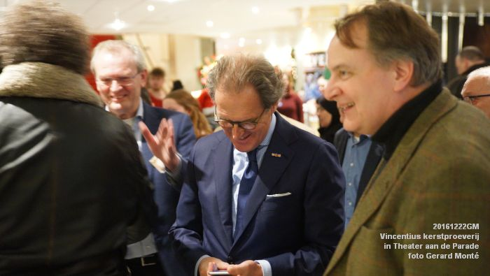 DSC04007- - Vincentius kerstproeverij in Theater aan de Parade - 22december2016 - foto GerardMontE web