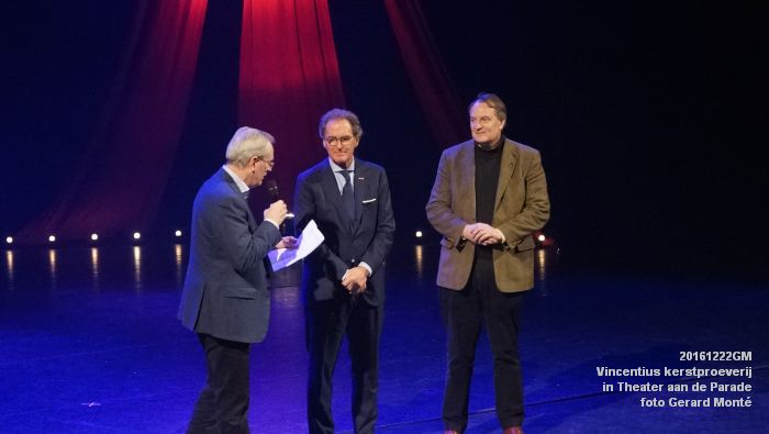DSC04033- - Vincentius kerstproeverij in Theater aan de Parade - 22december2016 - foto GerardMontE web