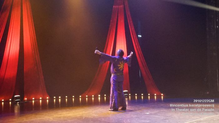 DSC04055- - Vincentius kerstproeverij in Theater aan de Parade - 22december2016 - foto GerardMontE web