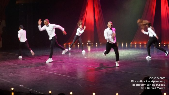 DSC04221- - Vincentius kerstproeverij in Theater aan de Parade - 22december2016 - foto GerardMontE web