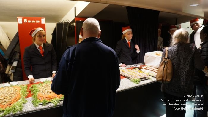 DSC04277- - Vincentius kerstproeverij in Theater aan de Parade - 22december2016 - foto GerardMontE web