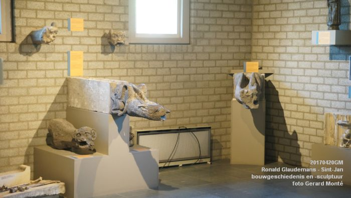 DSC03451- Ronald Glaudemans over de Sint-Jan - bouwgeschiedenis en bouwsculptuur 1250-1550 - 20april2017 - foto GerardMontE web