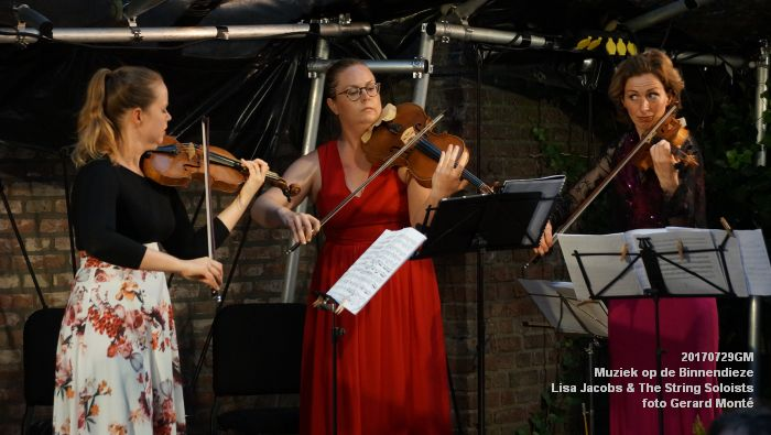 fDSC00318- Muziek op de Binnendieze - Lisa Jacobs en The String Soloists - 29juli2017 - foto GerardMontE web