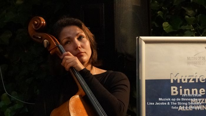 fDSC00319- Muziek op de Binnendieze - Lisa Jacobs en The String Soloists - 29juli2017 - foto GerardMontE web