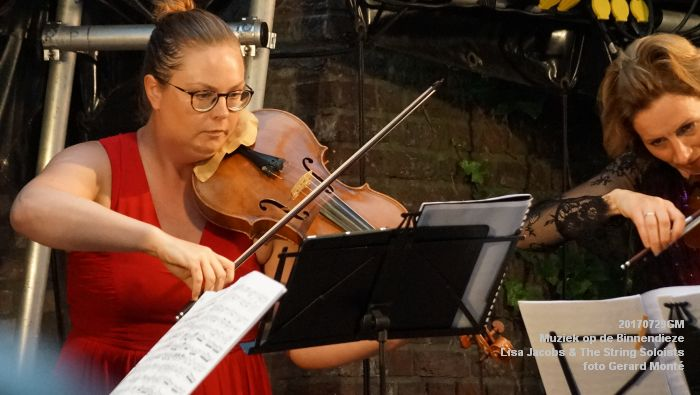 fDSC00324- Muziek op de Binnendieze - Lisa Jacobs en The String Soloists - 29juli2017 - foto GerardMontE web