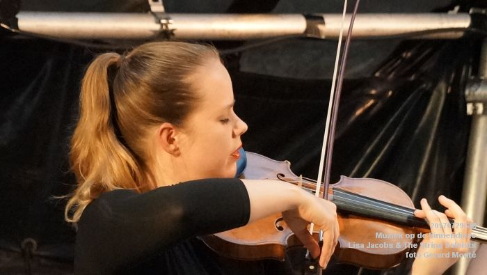 fDSC00325- Muziek op de Binnendieze - Lisa Jacobs en The String Soloists - 29juli2017 - foto GerardMontE web