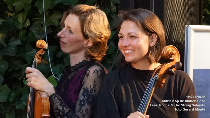 fDSC00342- Muziek op de Binnendieze - Lisa Jacobs en The String Soloists - 29juli2017 - foto GerardMontE web