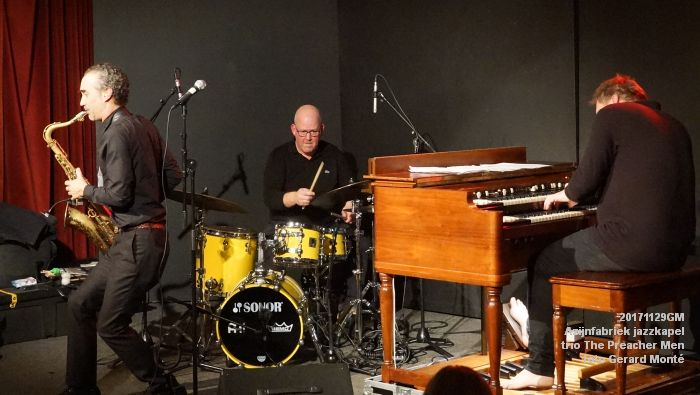 eDSC09404- Azijnfabriek jazzkapel - trio The Preacher Men - 29nov2017 - foto GerardMontE web