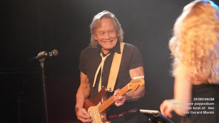 f014DSC09142- Willem-Twee poppodium - Top 2000 the best of live- 6jan2018 - foto GerardMontE web