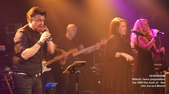 f030DSC09172- Willem-Twee poppodium - Top 2000 the best of live- 6jan2018 - foto GerardMontE web