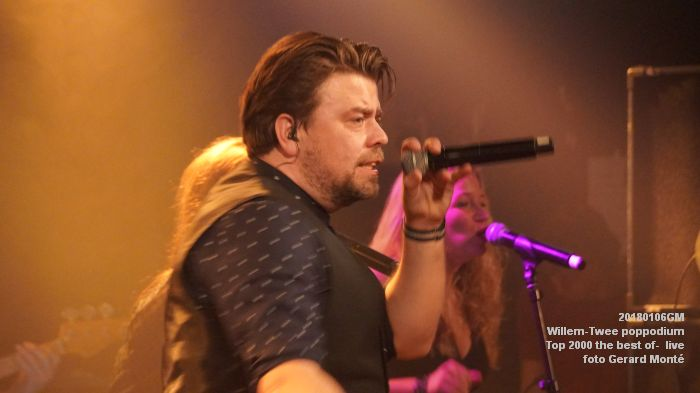 f037DSC09184- Willem-Twee poppodium - Top 2000 the best of live- 6jan2018 - foto GerardMontE web