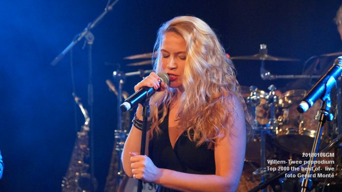 f055DSC09205- Willem-Twee poppodium - Top 2000 the best of live- 6jan2018 - foto GerardMontE web
