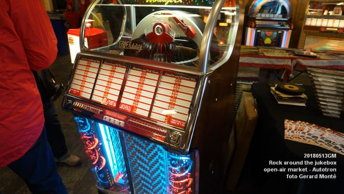 DSC07160- Rock around the jukebox - open-air market - Autotron - 13meil2018 -  foto GerardMontE web