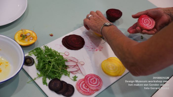 mDSC03562- Design Museum Food is fictie - Workshop over het maken van Gender-salade - 25aug2018 -  foto GerardMontE web