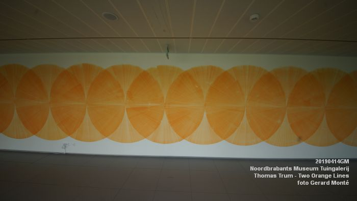 eDSC01081- Noordbrabants Museum - Thomas Trum - Two Orange Lines - 3 en 14apr2019 -  foto GerardMontE web