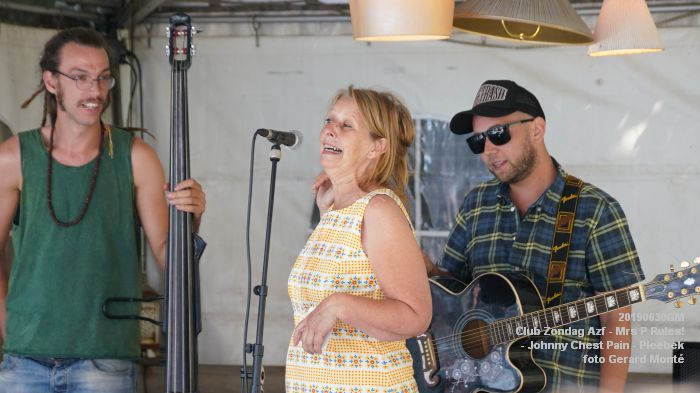 DSC00901- Club Zondag in de Azijnfabriek - Mrs P Rules - Johnny Chest Pain - Pleebek - 30juni2019 -  foto GerardMontE web
