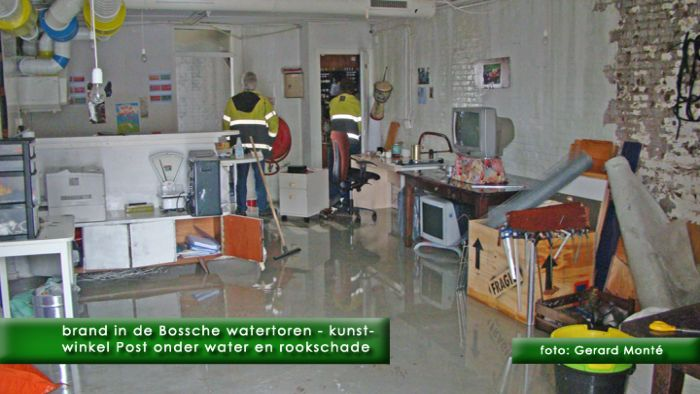 0montE8479- brand watertoren-  web 2011