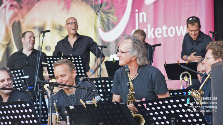 DSC06802- jazz in duketown maandag - parade - brabants jazzorkest - - web