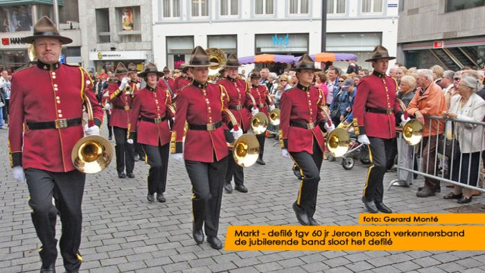 montE12036- jbvband 60jr defilE-  web 2012