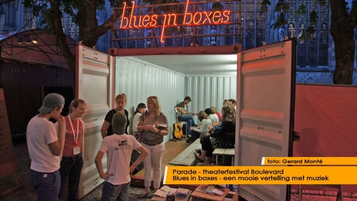 montE12767- boulevard blues in boxes-  web 2012
