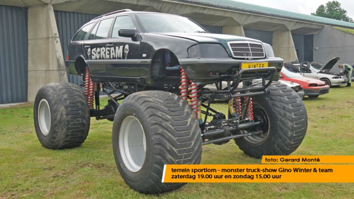 montE21826- monster truckshow