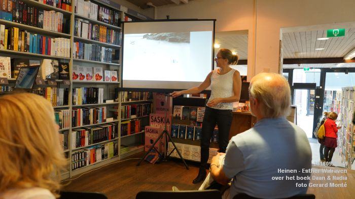 DSC05189- Esther Walraven over haar young adult -boek Daan en Nadia  23september2016 -  foto GerardMontE web