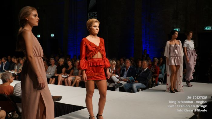 DSC06069- kings fashion veghel - kw1c fashion en design - 27juni2017 - foto GerardMontE