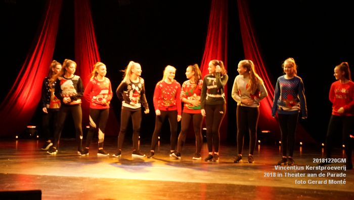 DSC07080- Vincentius kerstproeverij in Theater aan de Parade - 20dec2018 -  foto GerardMontE web