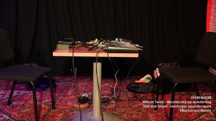 LDSC00479- Willem Twee - Muziekcafe - Shit and Shine - electronic soundscapes - 4apr2019 -  foto GerardMontE web