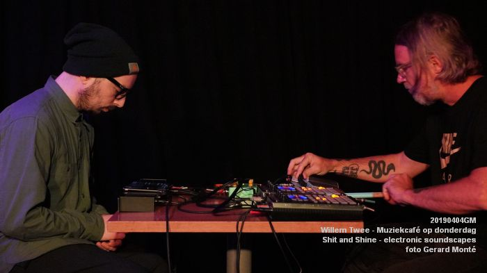 LDSC00482- Willem Twee - Muziekcafe - Shit and Shine - electronic soundscapes - 4apr2019 -  foto GerardMontE web
