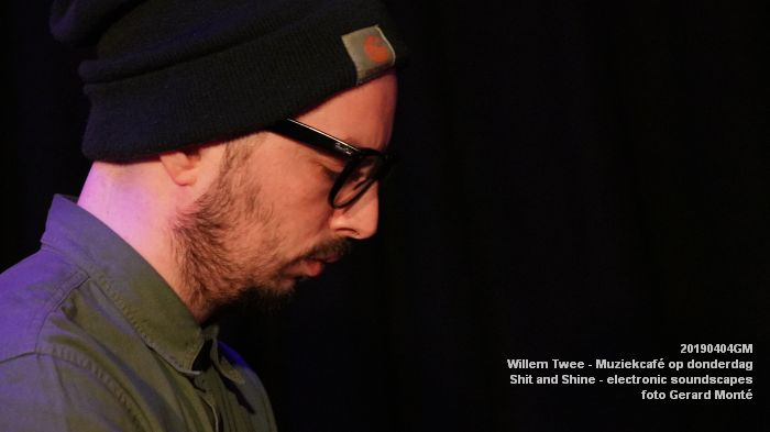 LDSC00497- Willem Twee - Muziekcafe - Shit and Shine - electronic soundscapes - 4apr2019 -  foto GerardMontE web