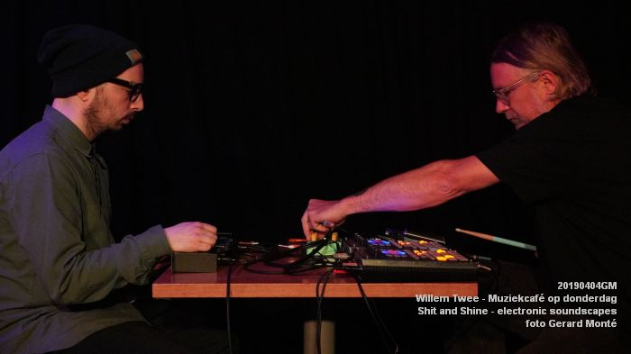 LDSC00498- Willem Twee - Muziekcafe - Shit and Shine - electronic soundscapes - 4apr2019 -  foto GerardMontE web