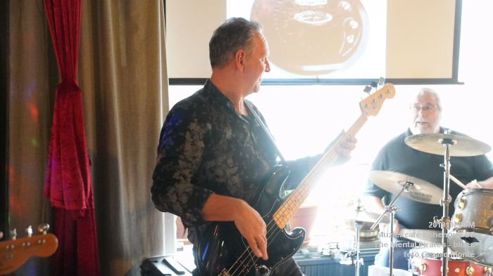 eDSC00273- Muziekcafe Lohengrin bluesmiddag met The Mental Pirates - 20okt2019 - foto GerardMontE web