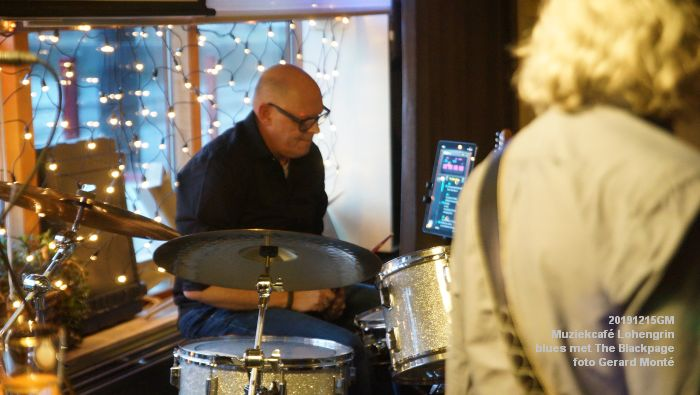 gDSC09167- Muziekcafe Lohengrin bluesmiddag met The Blackpage - 15dec2019 - foto GerardMontE web