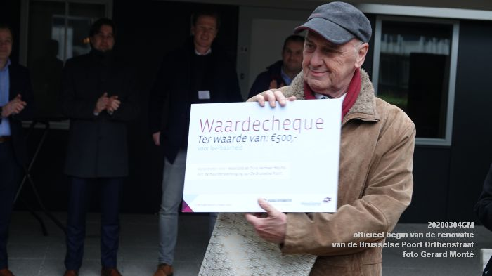 DSC06539- officieel begin van de renovatie van de Brusselse Poort in de Orthenstraat - 4mrt2020 - foto GerardMontE web